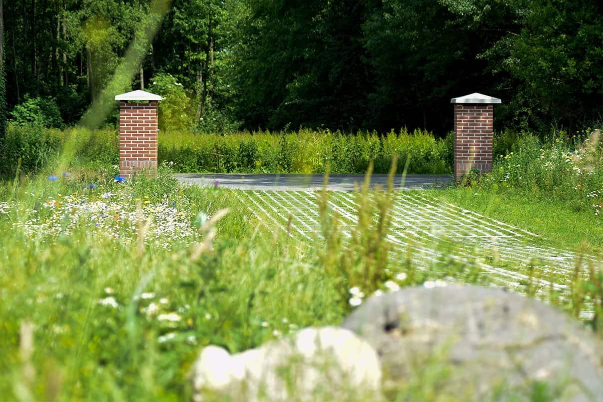 Grasdallen in combinatie met betonplaten